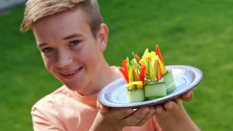 Agurkruller med hummus