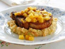 Karrikoteletter med potet- og grønnsaksmos