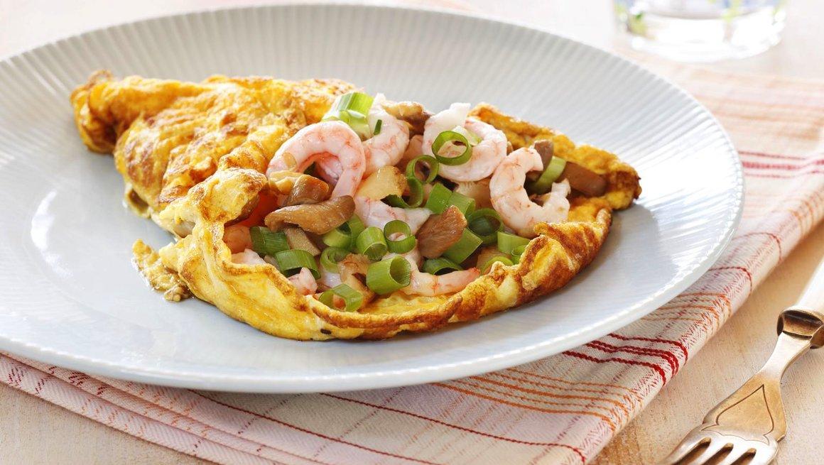Omelett med reker og sopp