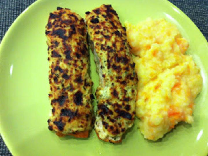 Laksefilet med Parmesantopping og Potet- og Gulrotmos