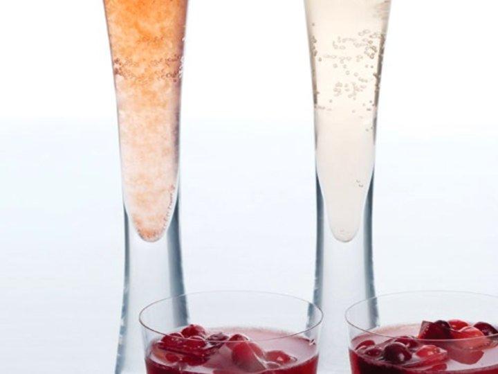 Champagne med jordbærsorbet