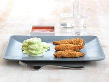 Kyllingnuggets med grønn potetsalat