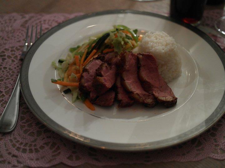 And med asiatisk salat