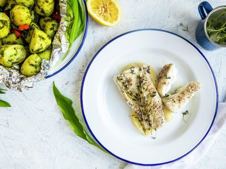 Grillet torsk med ramsløkpoteter