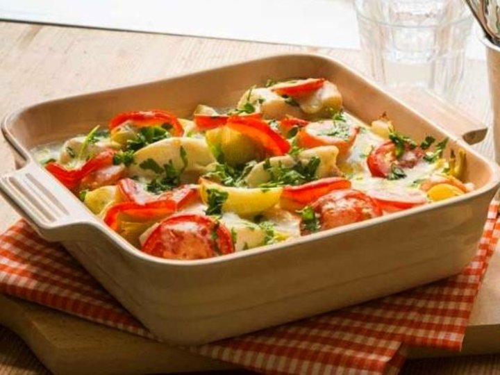 Ovnsbakt torsk med grønnsaker