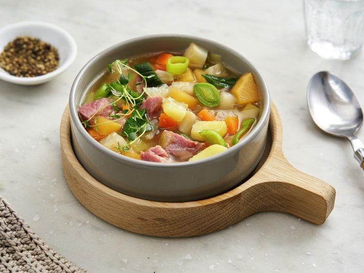 oppskrift kjøttsuppe svineknoke