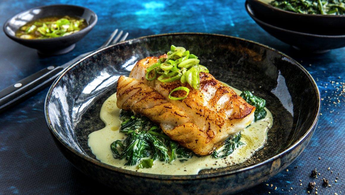 Stekt torsk med kremet spinat