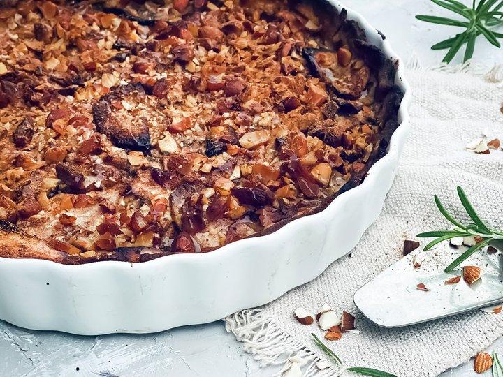 Eplepai med rosmarin og brunet smør