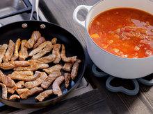 Hot linsesuppe med strimlet svinekjøtt 4