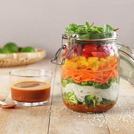 Spicy salat på glass