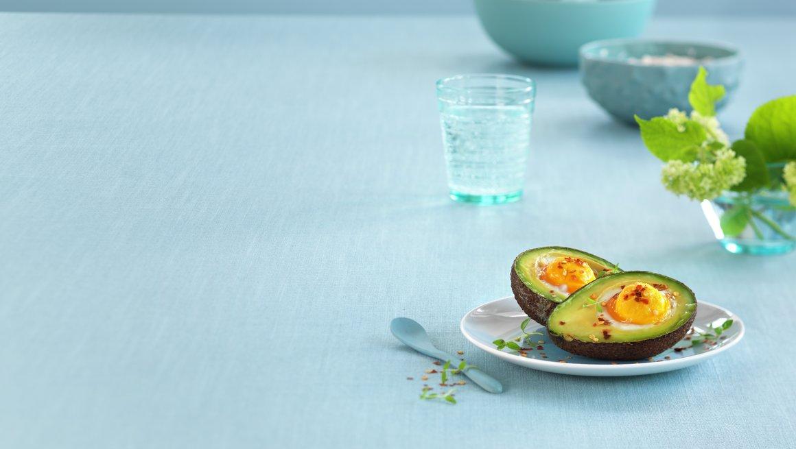 Toppbilde Bakt egg i avokado