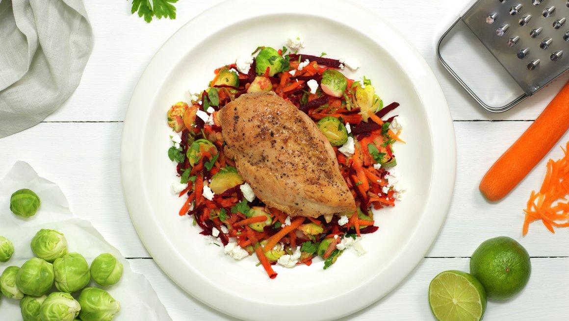 Kyllingfilet med rotgrønnsaker og fetaost