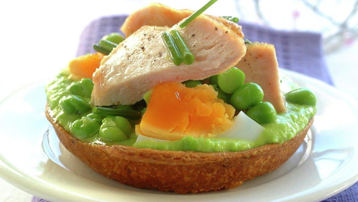 Terte med egg og kylling