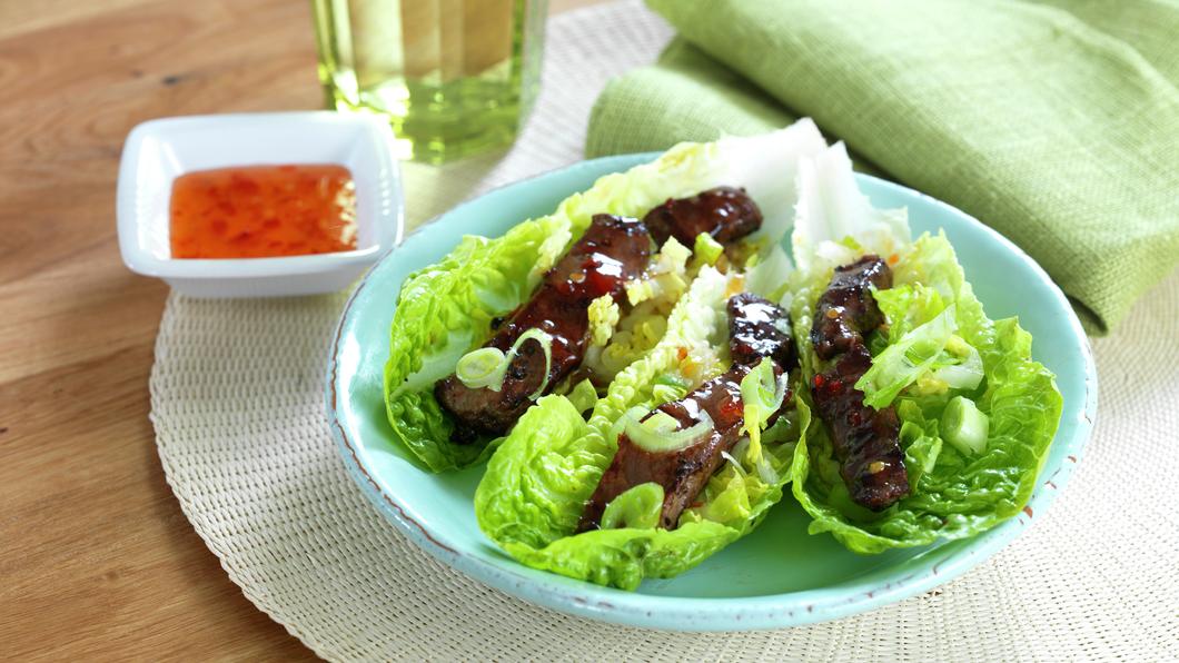 Salatwrap med biffstrimler
