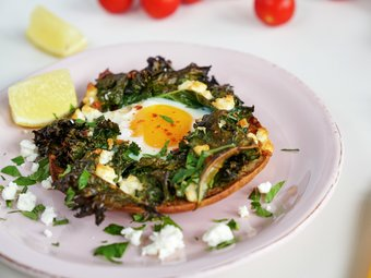 Tyrkisk pizza med egg