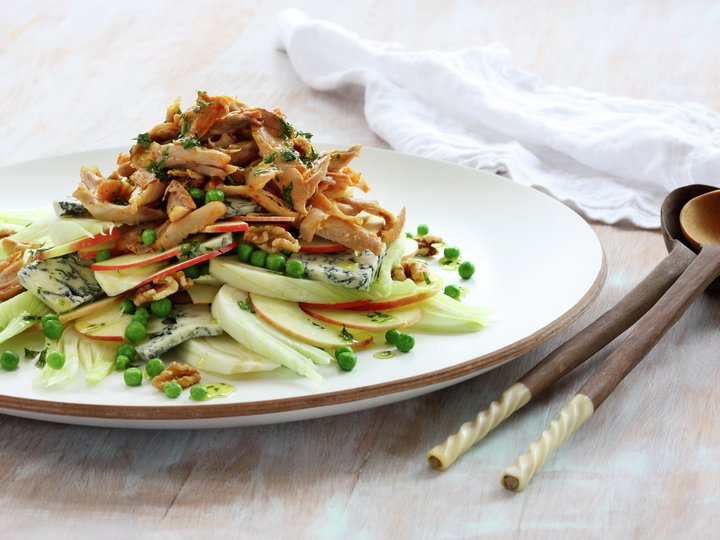Eple- og fennikelsalat med grillet kylling