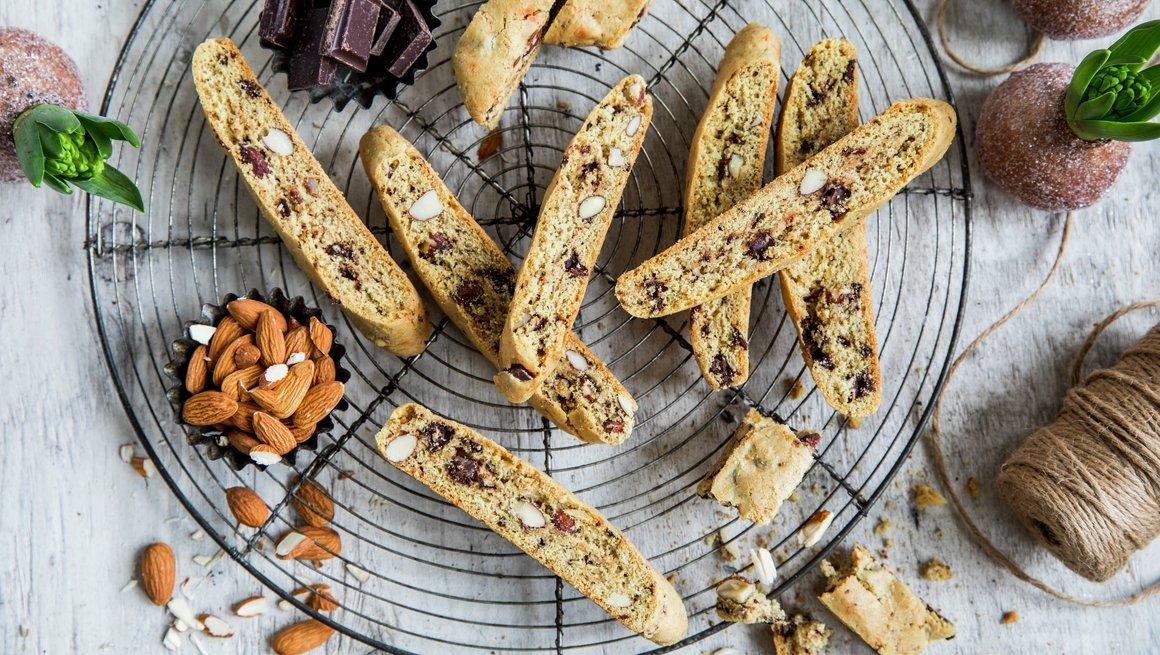 Biscotti med mandler og sjokolade