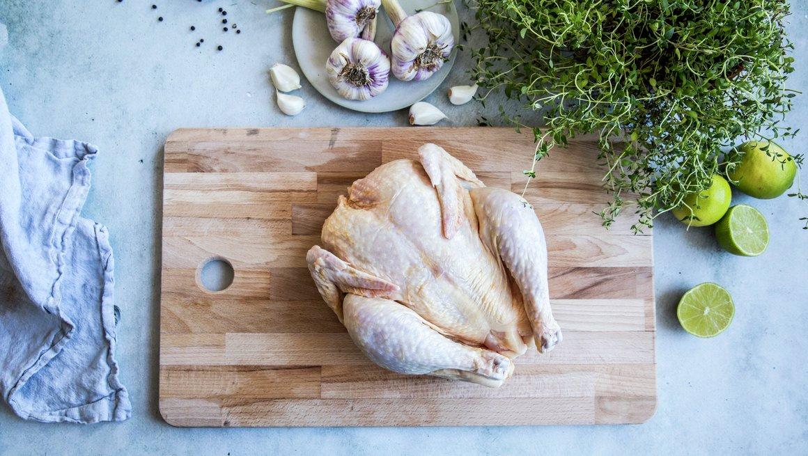 Oppdeling av hel kylling