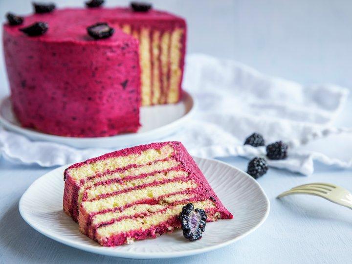 Kake med skogsbær