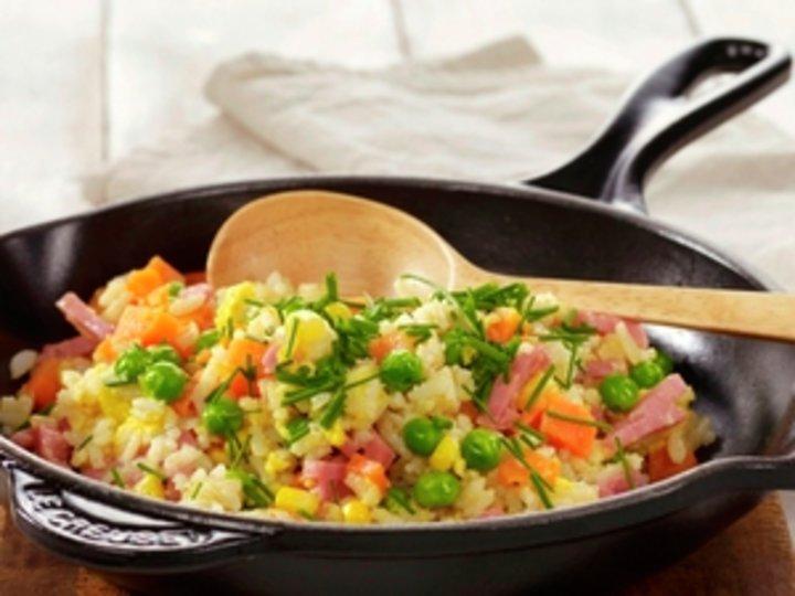 Stekt ris med skinke