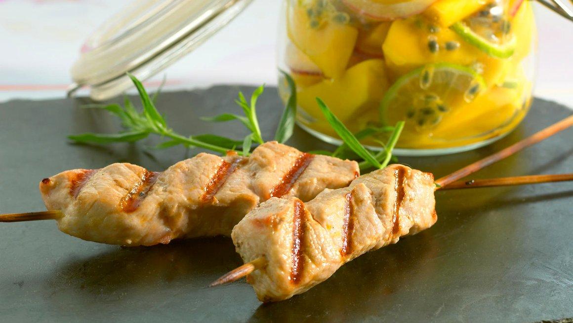 Grillspyd med mangosalat