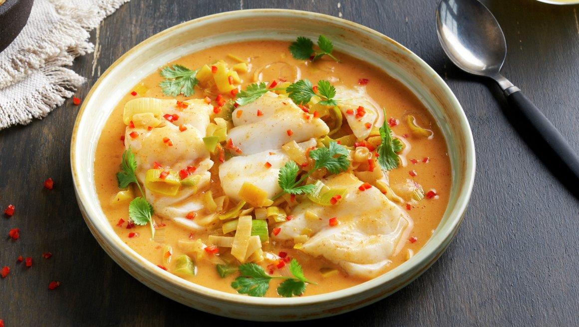 Kokos- og currypanne med torsk