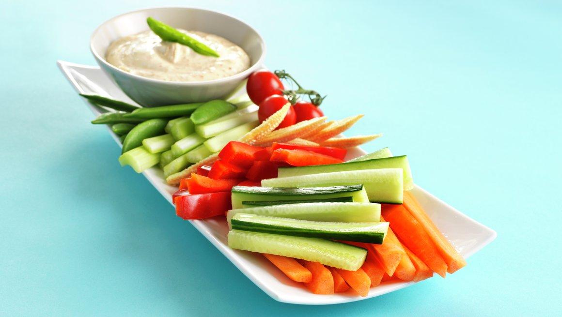 Grønnsaksfat med dipp