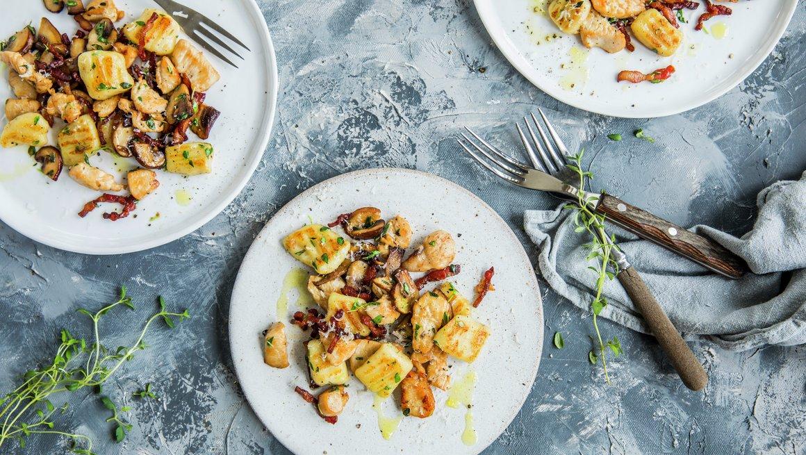 Gnocchi med kylling og bacon