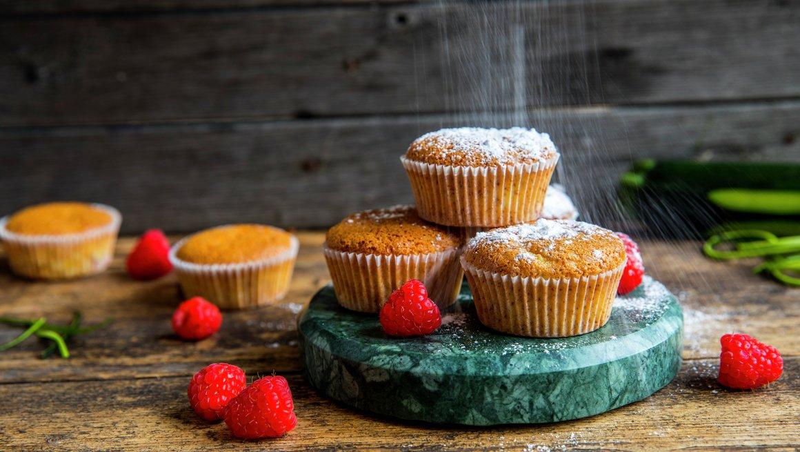 Muffins med squash og bringebær