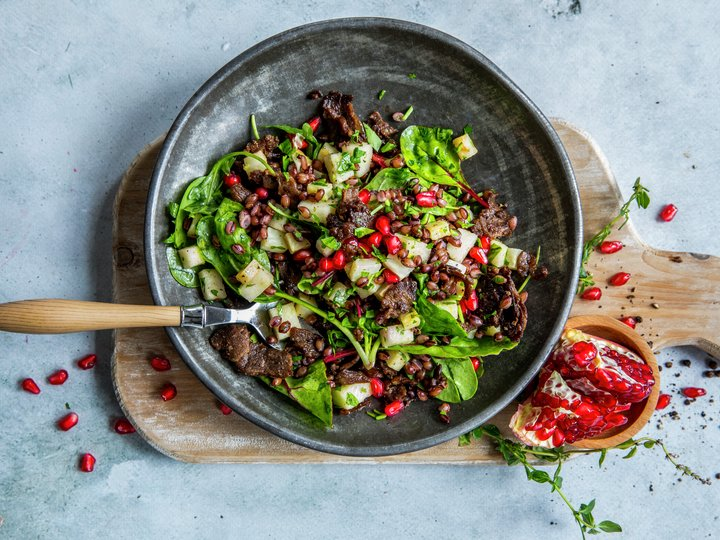 Salat med reinsdyrskav, byggryn og selleri