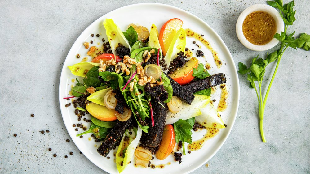 Salat med blodpudding