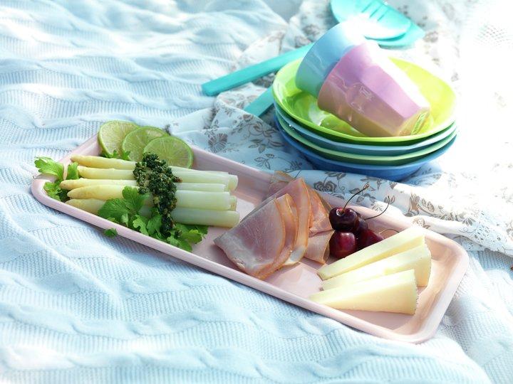 Hvit asparges med sommerskinke