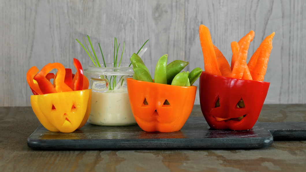 Kule grønnsaker med dipp