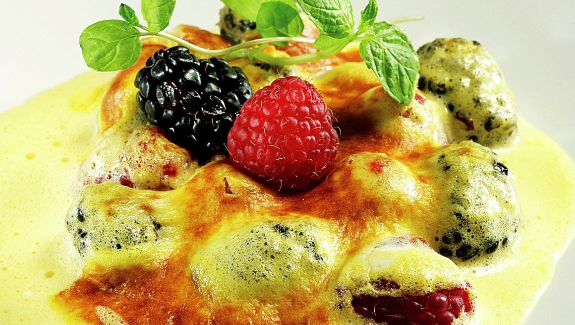 Sabayon-gratinert frukt og bær