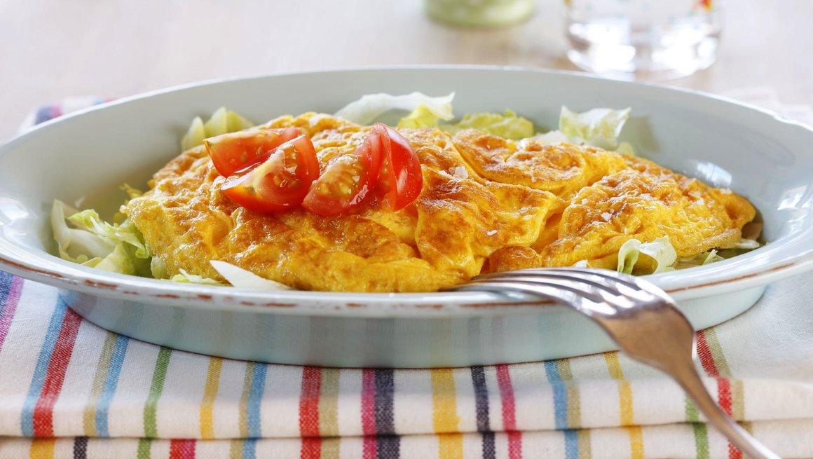 Omelett med kalkun og salsa