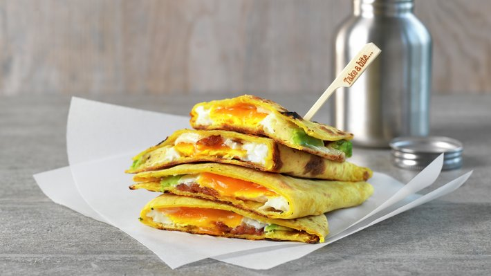 Quesadilla med egg og bacon