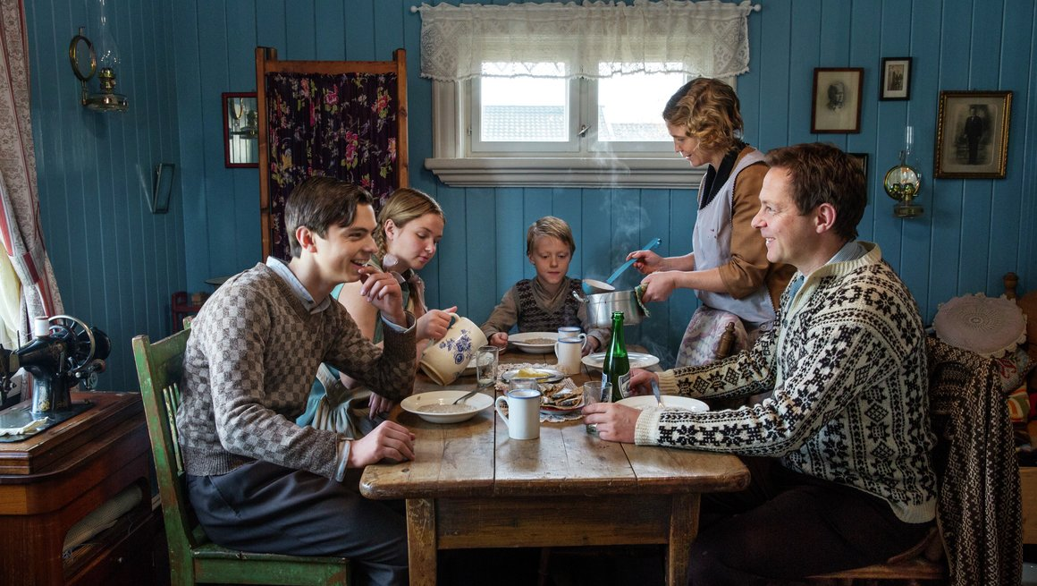 Alle tiders måltid 2016  Familien Hille Pedersen. Programleder Øyvind Mund