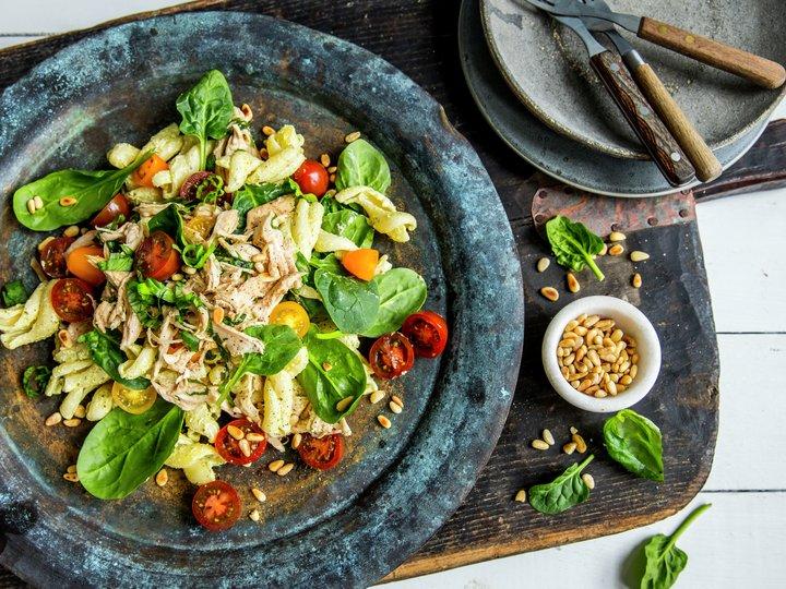 pesto dressing til salat