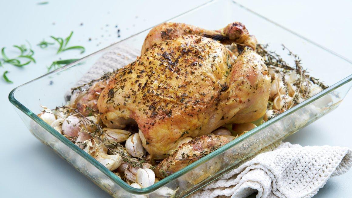 Hel kylling med 40 hvitløk