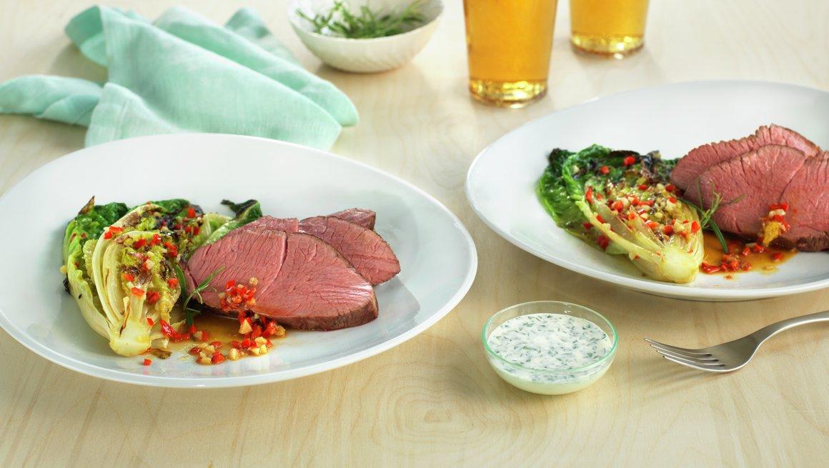Flatbiff av lam med stekt hjertesalat