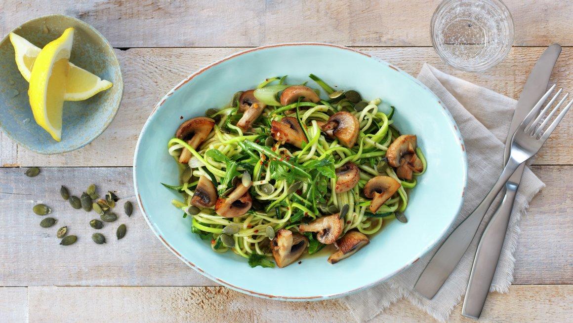 Grønnsaksspagetti med sopp