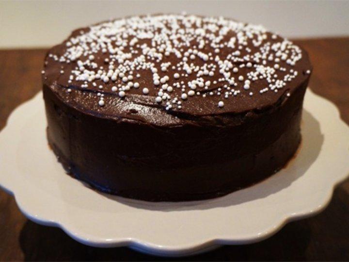 Sjokoladekake med peanøttfrosting