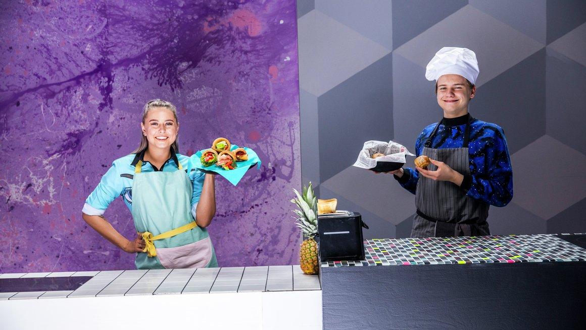 Amalie Olsen vs. Murdrocks Bake Challenge 8