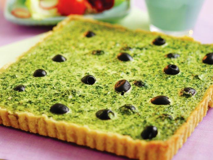 Spinat- og olivenpai