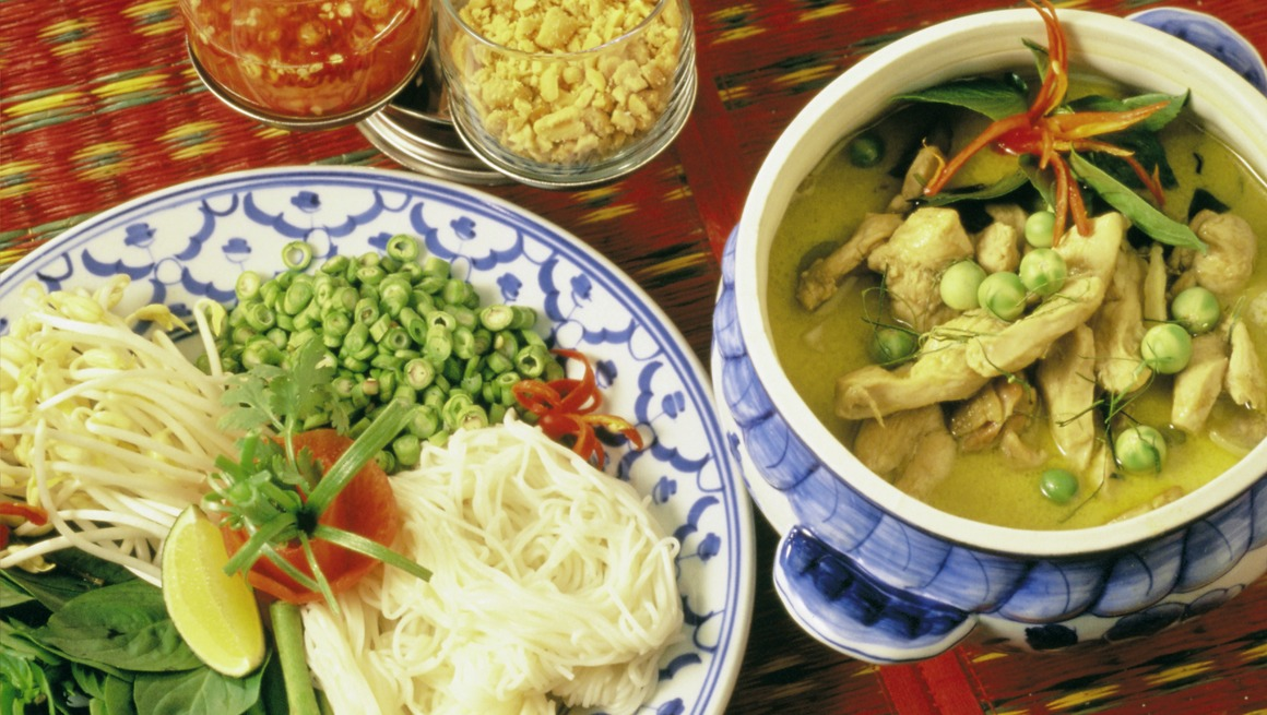 Kaeng Khiew Hwan Gai (kylling i grønn karri)