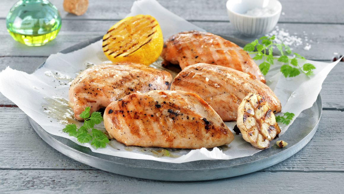 Hvordan grille kyllingfilet