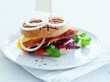 Omelettburger med spekeskinke