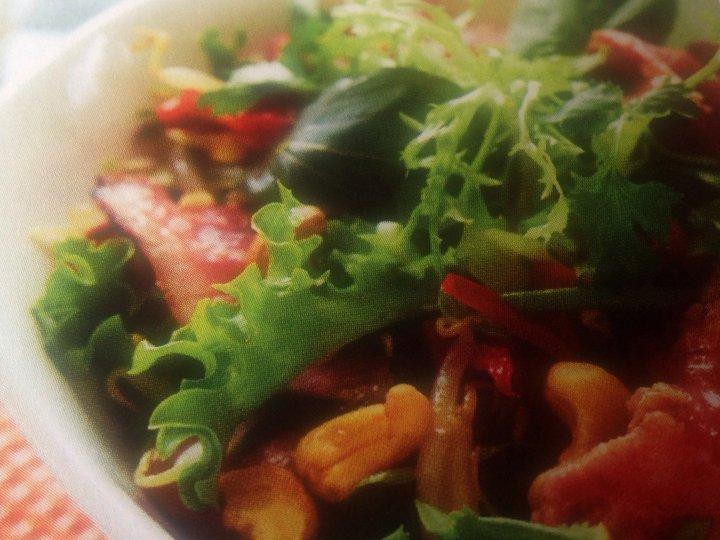Salat med biff