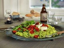 Spagetti med grønnkålpesto