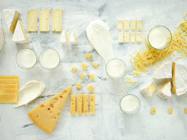 Melkeprodukter - melk, ost, yoghurt, brie